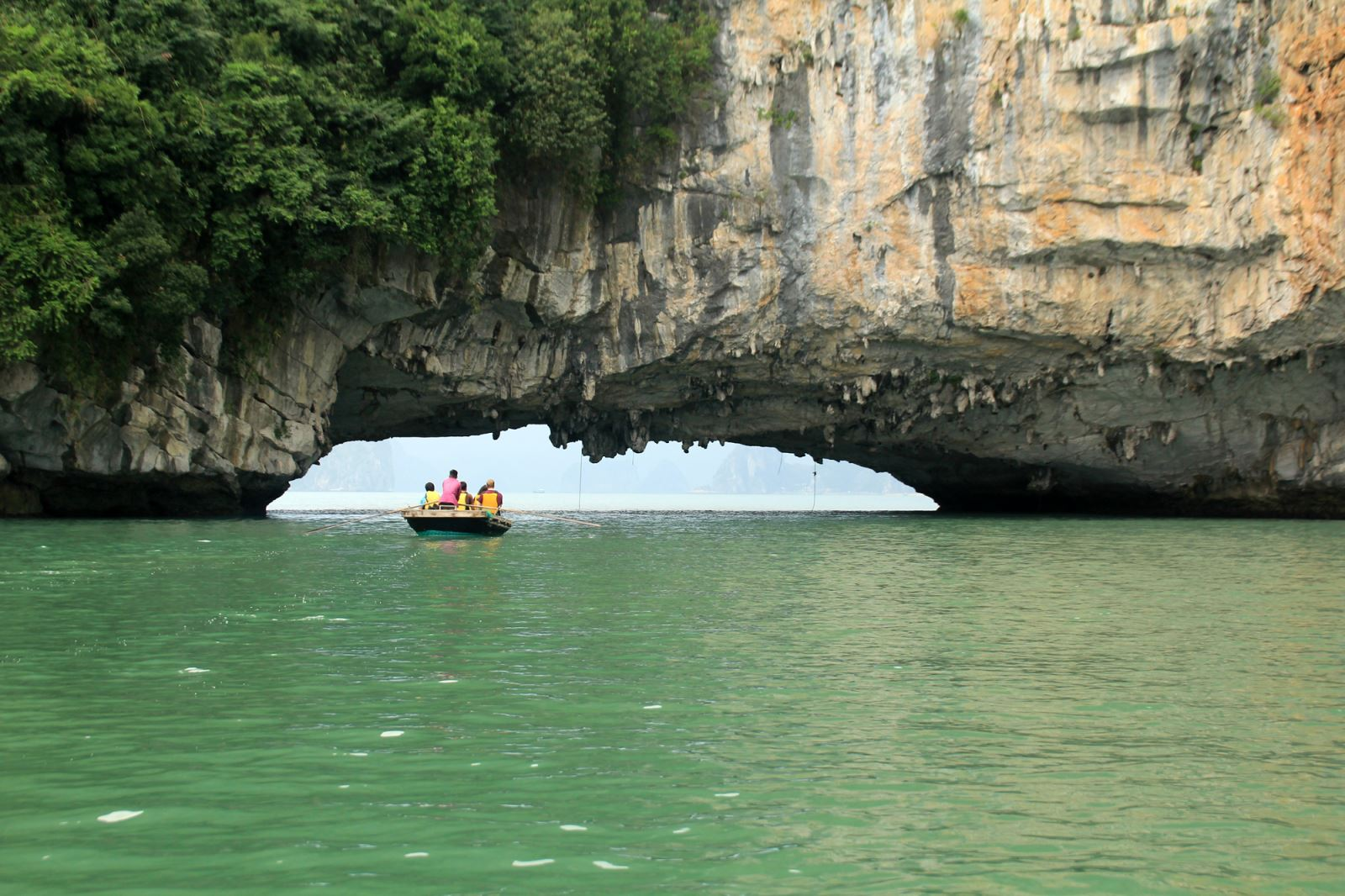 Bai Tu Long Day Full Day Tour