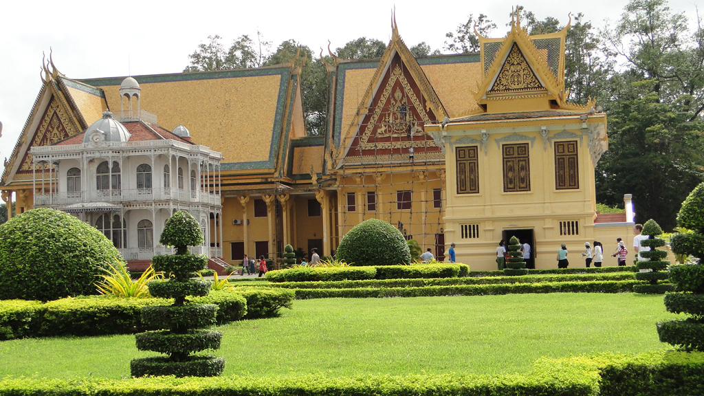 Indochina Highlights 28 Days Package tour
