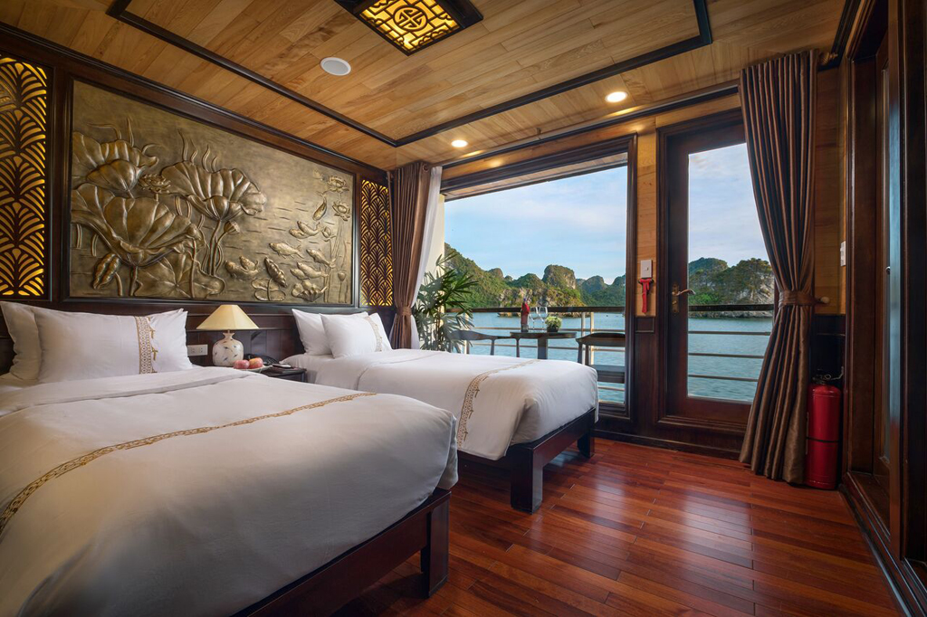 twin room with private balcony on Perla dawn sails