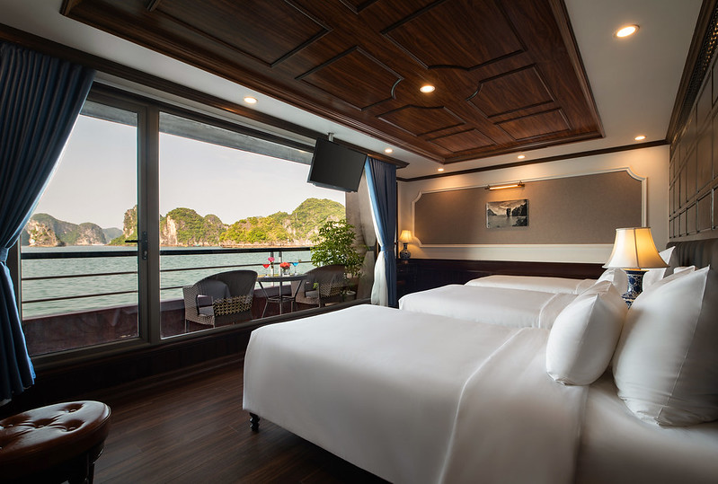 Halong Doris Cruise triple room