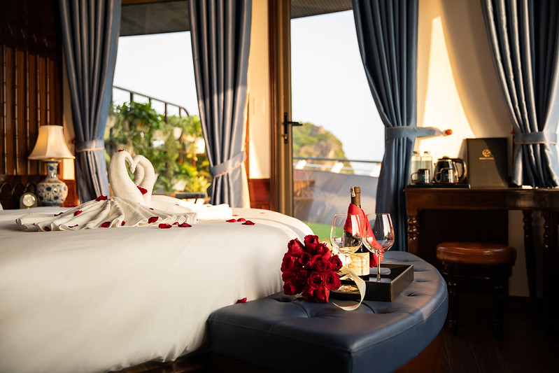 Halong Doris Cruise double room