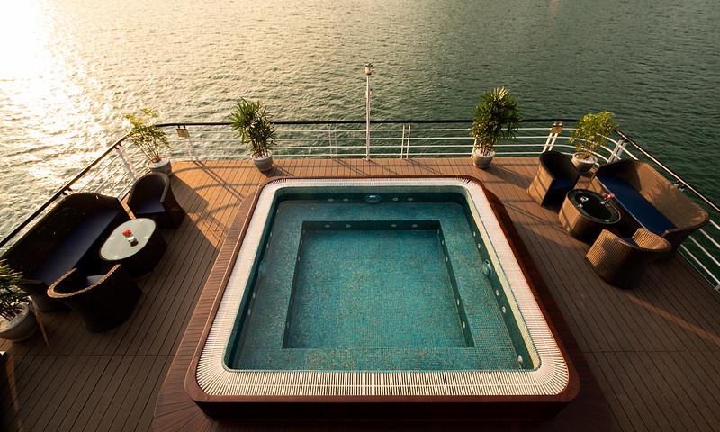 Halong Doris Cruise - small pool