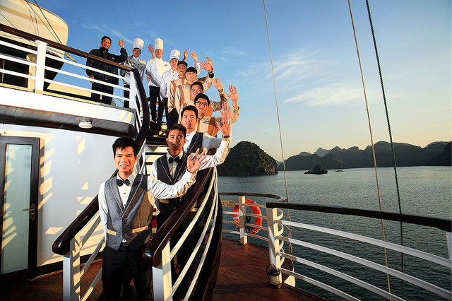 halong glory legend cruise-sundeck.jpg