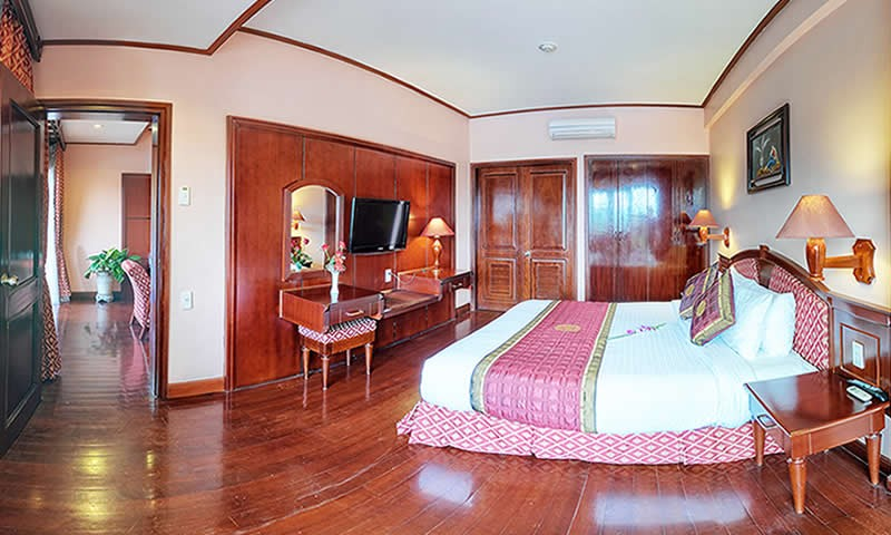 Cat Ba Sunrise Resort - Room.jpg