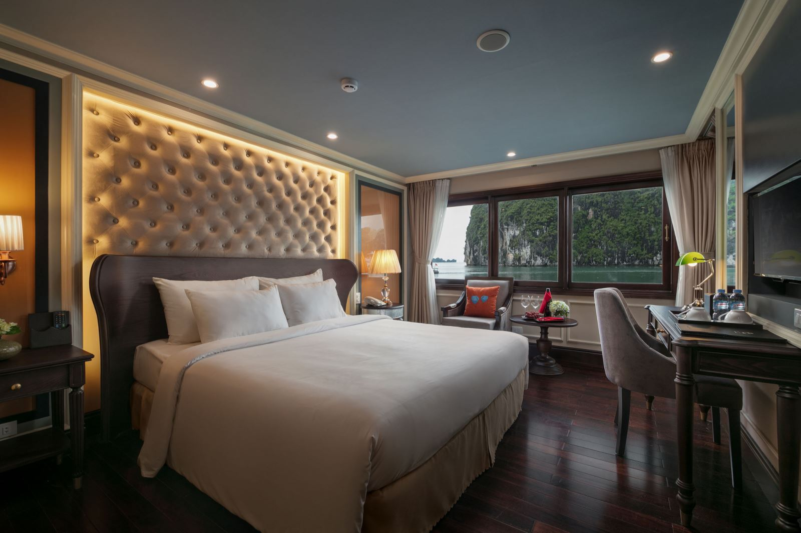 halong athena cruise double bed room