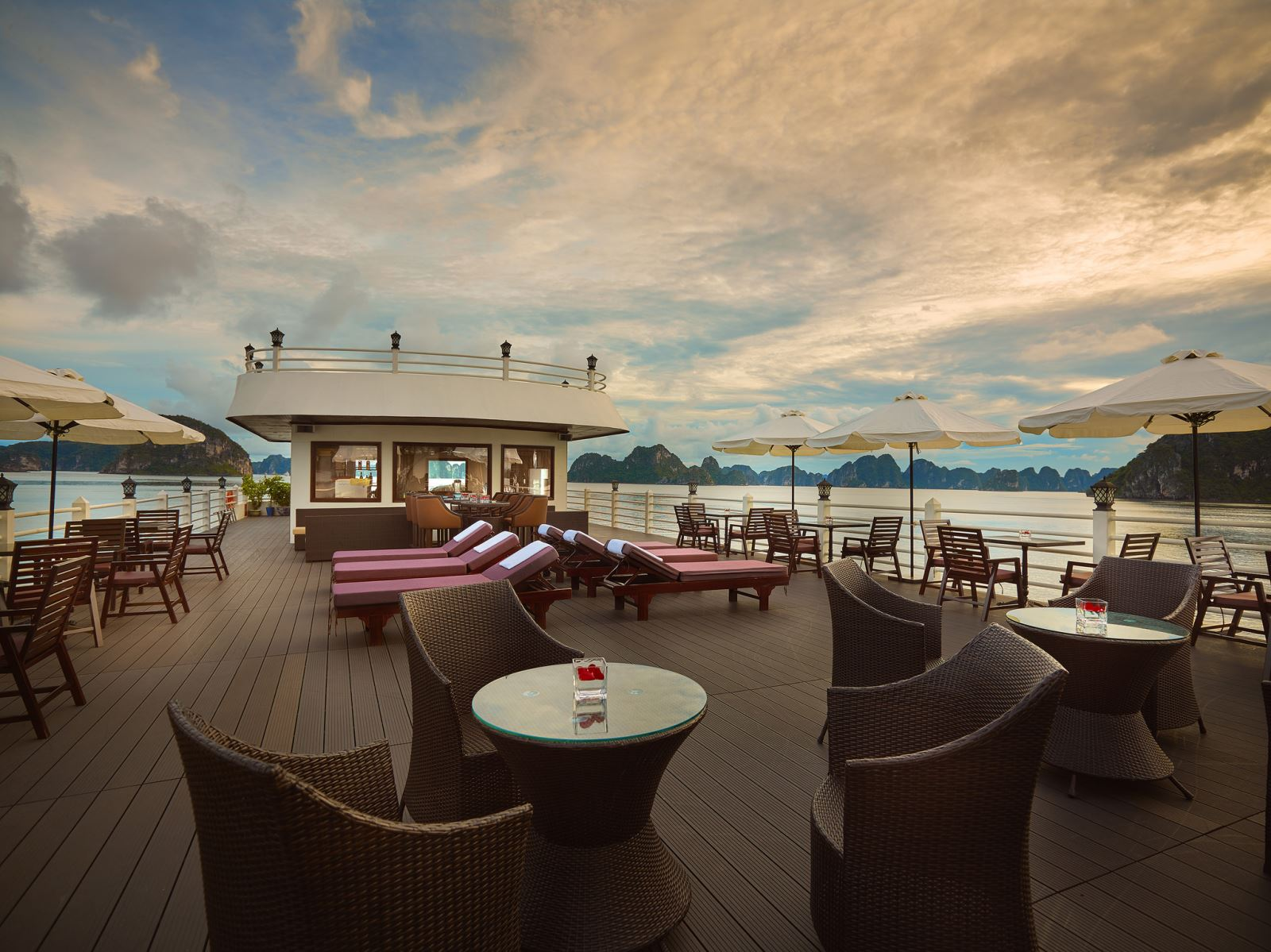 Sundeck on halong athena cruise