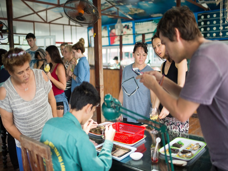 halong rosa cruise-activities.jpg