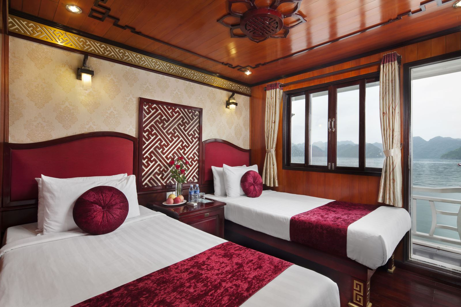 halong rosa cruise-triple.jpg