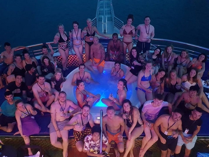 Halong Oasis Bay Party Cruise