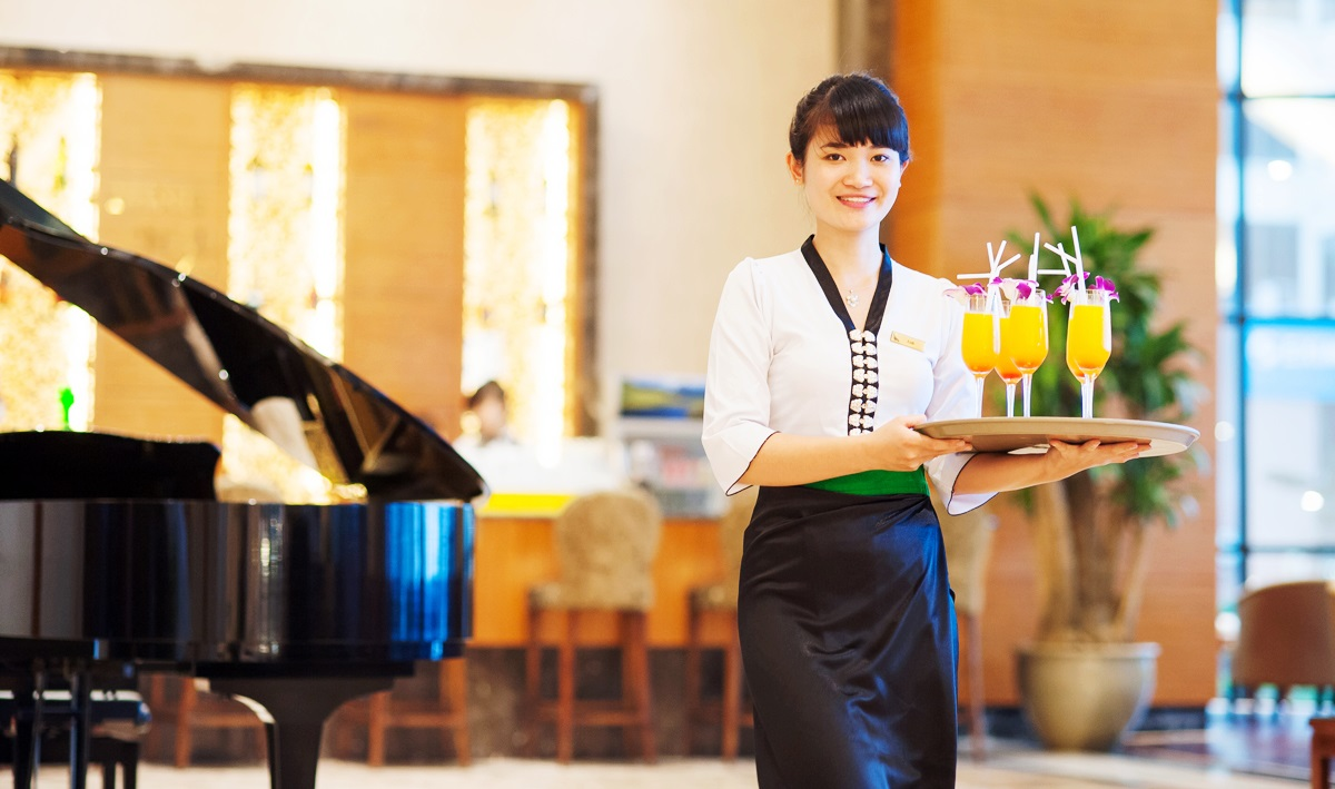 Muong Thanh Luxury Quang Ninh hotel - Restaurant.jpg