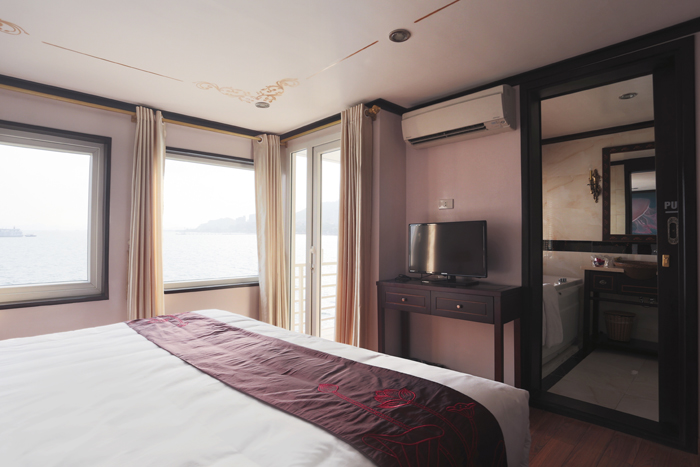 halong huong hai sealife cruise - double room