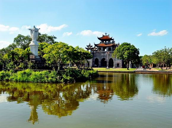 Ninh Binh - Halong bay Package tours in 4 days