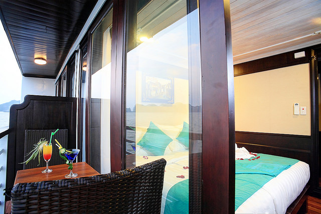 halong glory legend cruise-balcony.jpg