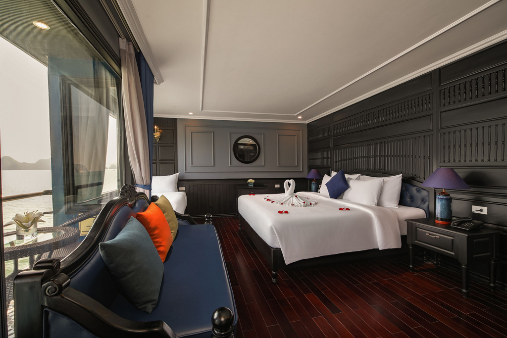 Halong rosy cruise double room