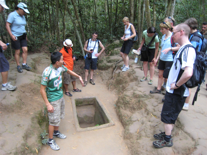 Cu Chi Tunnel & Tay Ninh Temple Day tour