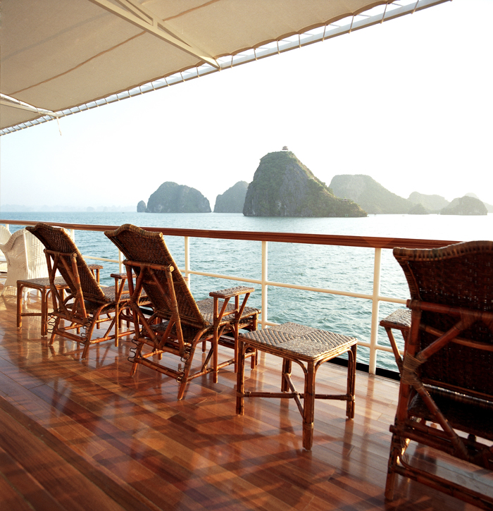 Halong emeraude cruise - sunbed.jpg