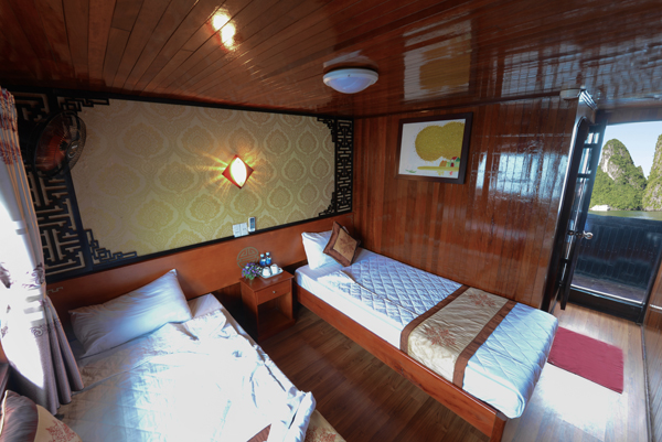 halong fantasy cruise-superior.jpg