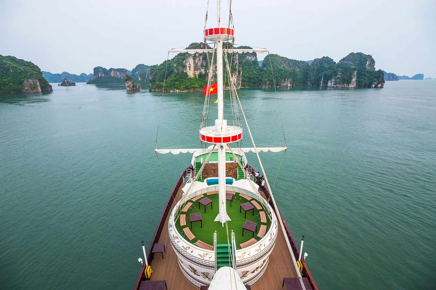 halong dragon legend cruise-deck.jpg