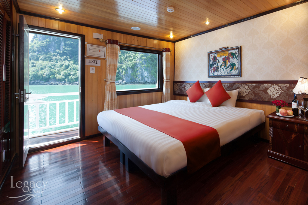 Deluxe double bed oceanview on Legacy Legend cruise