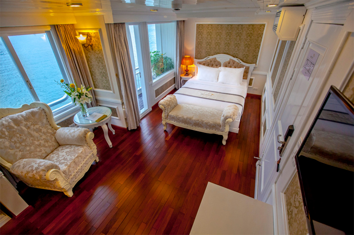 double bed room on Signature cruise