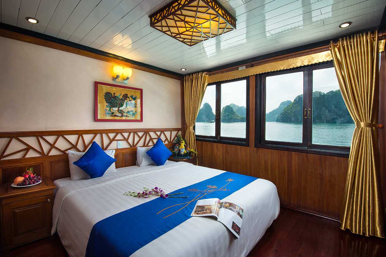 deluxe double on Halong Grayline cruise