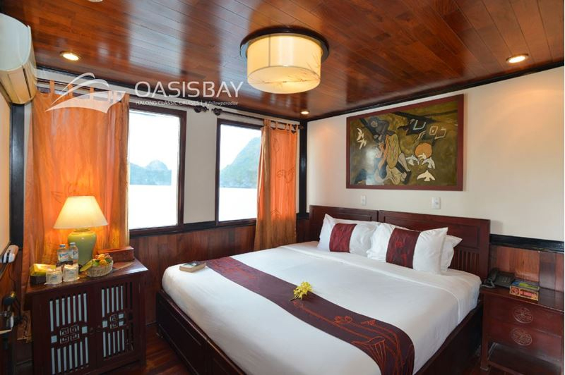 halong oasis bay cruise - bed room.jpg