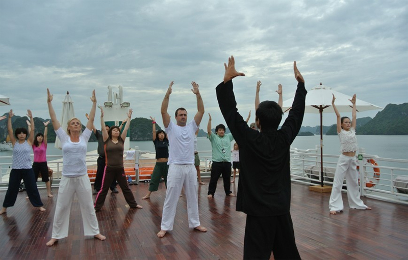halong auco cruise-activity.jpg