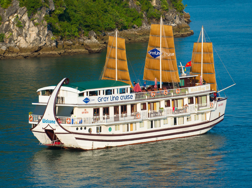 Overview of Halong Grayline cruise