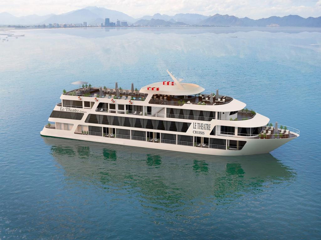Le Theatre Cruises Lan Ha Bay