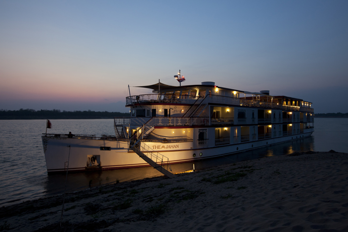 Mekong Cruise 8 Days Package Tour
