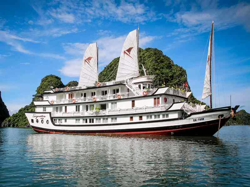 Halong Signature Royal Cruise