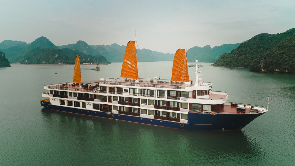 Sealife Legend Cruises Halong bay