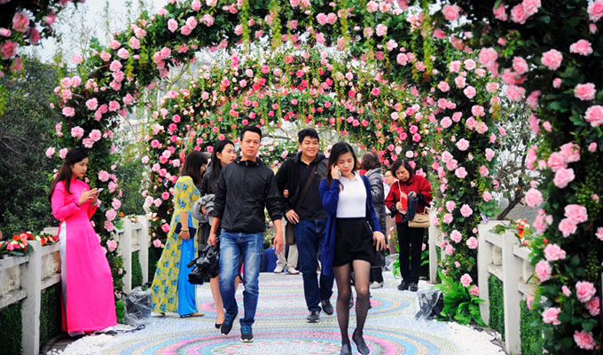 Bulgarian rose festival opens in Ha Noi