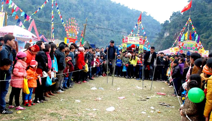 Bac Kan ethnic groups celebrate Long Tong Festival