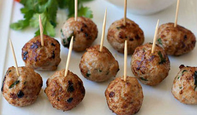 Grilled meatballs in Lang Son