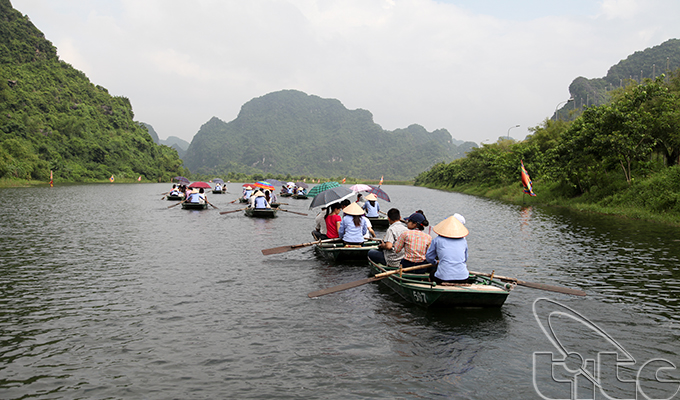 Thung Nham ecotourist site - a fairyland of Ninh Binh ancient capital