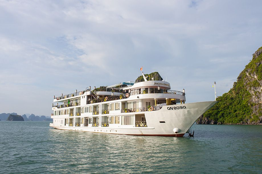 HANOI 4 STAR HOTEL & HALONG BAY 5 STAR CRUISE DEALS - FROM 230 USD