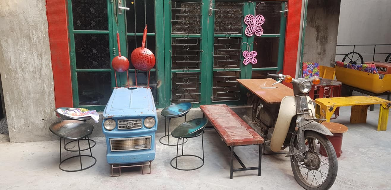 Hanoi's unique coffee shop full of recycled items