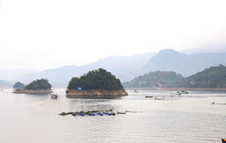 Attractive tourism destinations in Hoa Binh Province