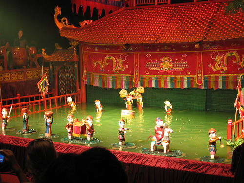 Traditional puppet show celebrates Viet Nam and Thailand ties