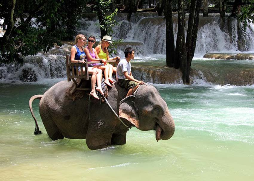 Luang Prabang Laos 6 Days Highlights Tour