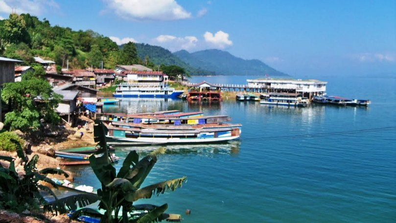 Vientiane & Vang Vieng 4 Days package tour in Laos