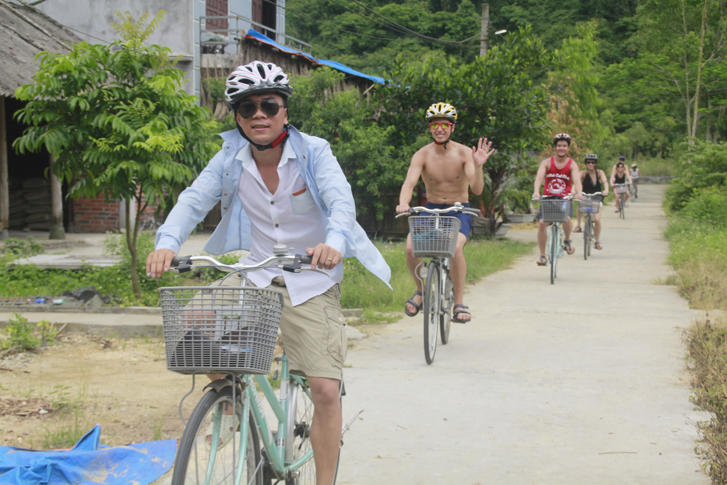Halong Cruise - Viet Hai Biking - Monkey island Tours in 5 days
