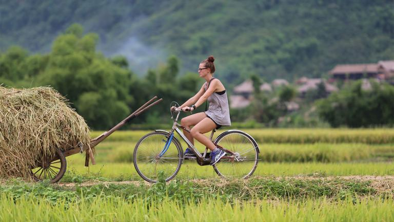 Mai Chau Valley Rafting and Biking tour