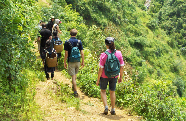 Sapa hard trekking tour to Ban Ho village 2 days 1 night