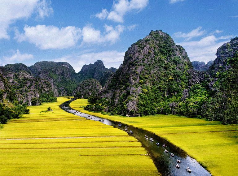 Hoa Lu Ancient Capital And Tam Coc Cave Full Day Trip